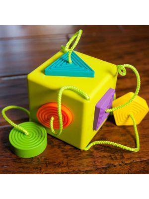 Fat Brain Oombee Cube Toy
